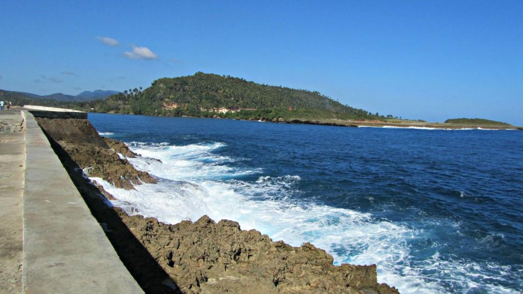 The shore in Baracoa